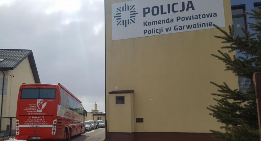 W Garwolinie, Zbiórka Komendzie Policji - zdjęcie, fotografia