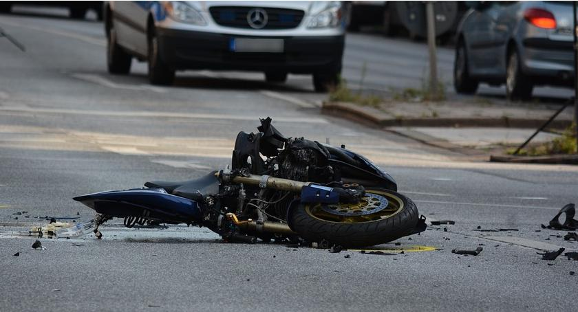 Komunikaty policji , śmiertelne wypadki udziałem motocyklistów policji - zdjęcie, fotografia