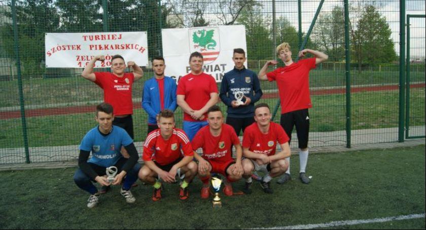 Piłka nożna, Turniej Piłki Nożnej Puchar Starosty Garwolińskiego Żelechowie - zdjęcie, fotografia