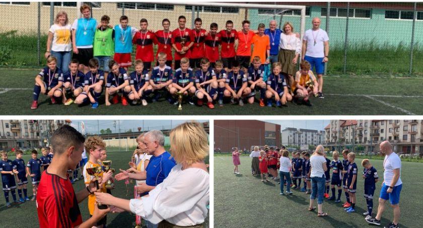 Piłka nożna, Międzynarodowy Towarzyski Polska Hiszpania Garwolinie - zdjęcie, fotografia