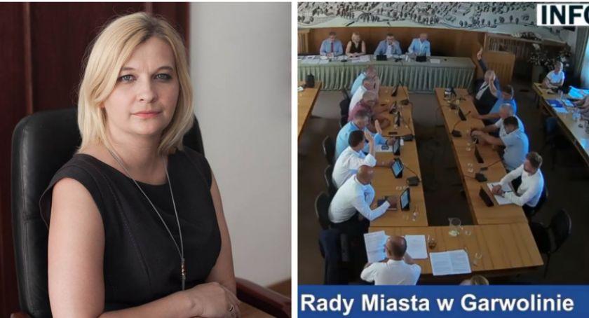 Inne Miejskie, Burmistrz Marzena Świeczak wotum zaufania absolutorium - zdjęcie, fotografia