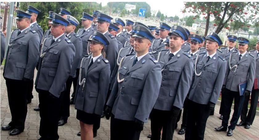 Inne Miejskie, Policjanci zapraszają mieszkańców wspólnego świętowania - zdjęcie, fotografia