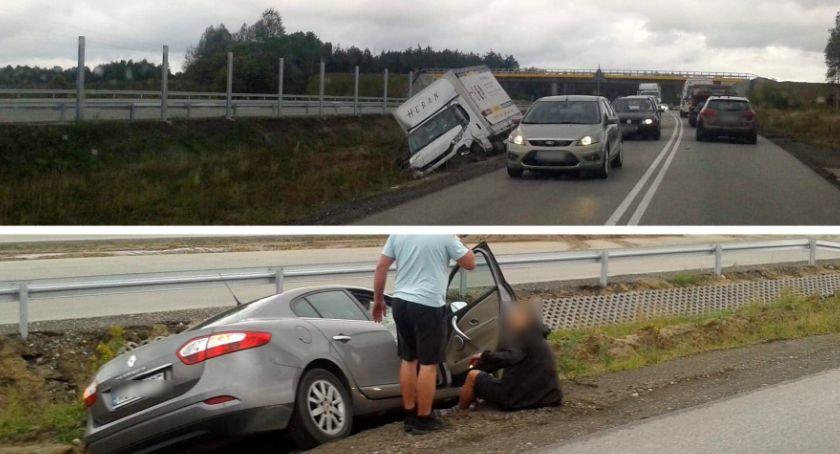 Wypadki drogowe , Wypadek Zderzenie osobówki samochodem dostawczym Gocławiu - zdjęcie, fotografia
