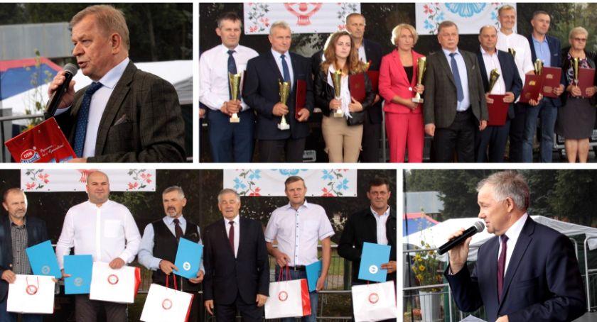Uroczystości Powiat, Garwolin nagrodziły największych dostawców mleka - zdjęcie, fotografia