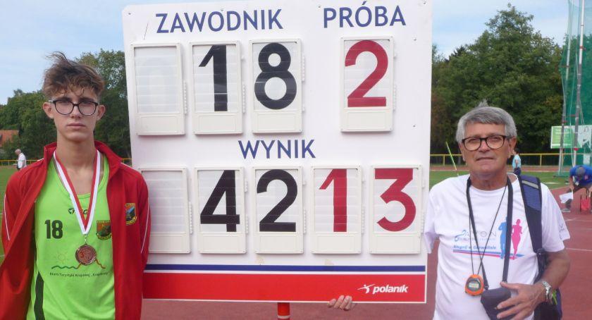 Lekkoatletyka, Doskonały start młodzików Wilgi - zdjęcie, fotografia