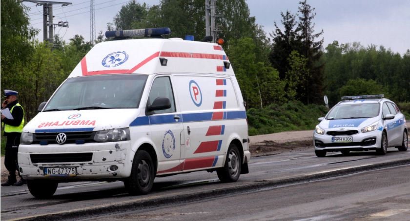 Wypadki drogowe , Potrącił pijanego mężczyznę uciekł Poszukiwani świadkowie wypadku - zdjęcie, fotografia