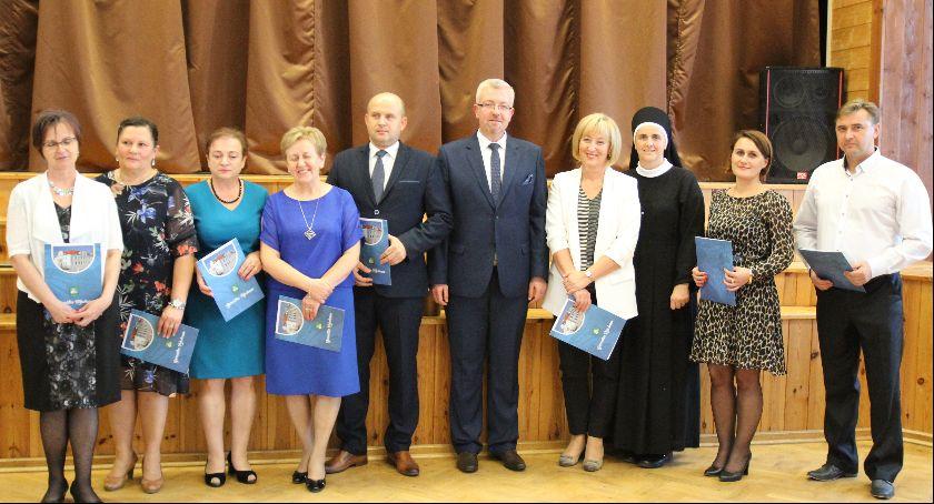 Uroczystości Powiat, Nauczyciele świętowali Żelechowie - zdjęcie, fotografia
