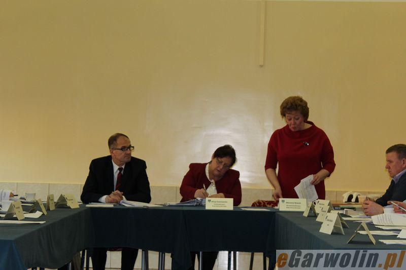 Archiwum Aktualności, Borowie zgodnie uchwalili budżet - zdjęcie, fotografia