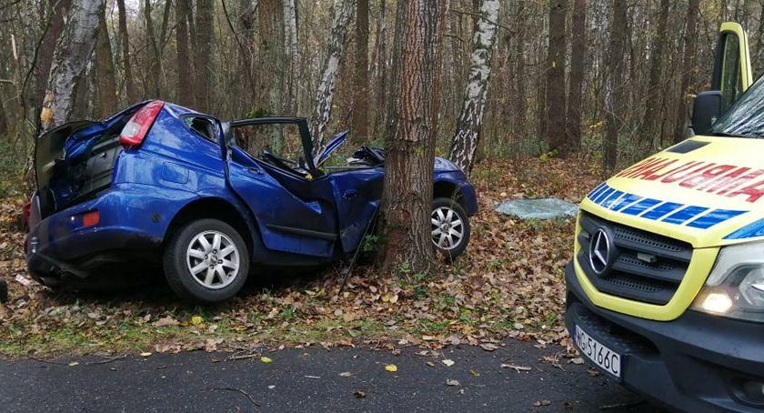 Wypadki drogowe , Śmiertelny wypadek żyje młody mężczyzna - zdjęcie, fotografia