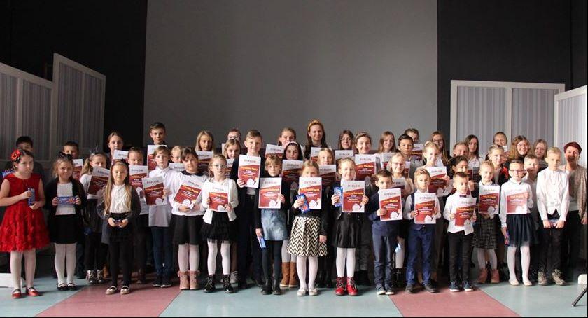 Inne Ciekawostki, Gminny Konkurs Recytatorski Poezji Patriotycznej Sobolewie - zdjęcie, fotografia