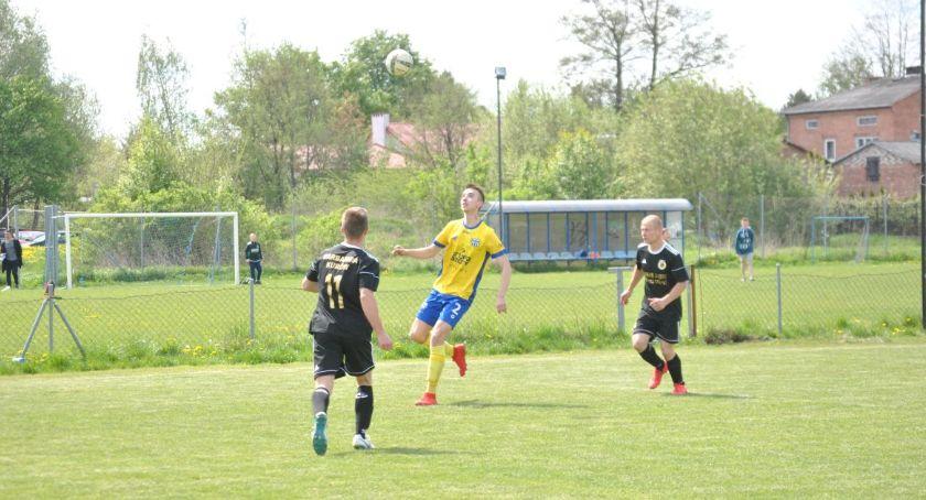 Piłka nożna, Rozkład jazdy weekend - zdjęcie, fotografia