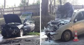 Wypadek w Stoczku: 4 osoby poszkodowane po czołowym zderzeniu aut