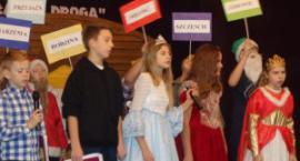 Uczniowie z Trąbek zwyciężyli w przeglądzie spektakli teatralnych