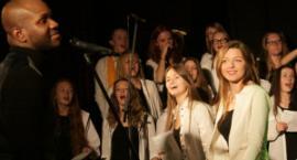 Koncert gospel w Garwolinie: kto śpiewa, ten się dwa razy modli
