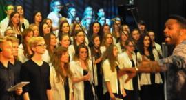 Awesome Garwolin Gospel Choir&Brian Fentress