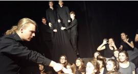 Rękawiczka i Czarownice z Salem w Teatrze Polskim