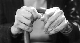 """Garwolin – Oszustwo """"na hydraulika"""". 87-latek stracił oszczędności życia"""