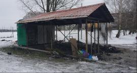 Garwolin – Podpalił śmietnik - Pożar uszkodził samochód