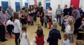 Zabawa choinkowa dla dzieci w Komendzie Policji w Garwolinie