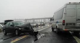 DK17 - Puznówka – zderzenie busa z samochodem osobowym