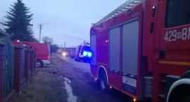 Podpalacz w powiecie? 10 jednostek straży gasiło pożar 2 budynków