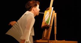 Ucznowie szkół specjalnych spotkali się z artystką malujacą ustami
