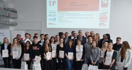 Uczniowie ZSP nr 1 z indeksami Politechniki Warszawskiej