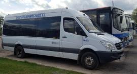 Przeładowane busy do Warszawy nie zatrzymują się na przystankach – to ekonomia