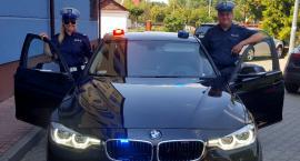 Nieoznakowane, policyjne BMW 330i xDrive i nowa Kia na drogach powiatu (video)