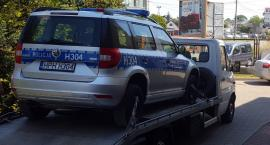 Policyjna skoda po 1,5 roku od kolizji wraca do służby