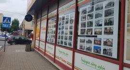 """""""Społem"""" PSS w Garwolinie ma 110 lat – wystawa w centrum miasta"""