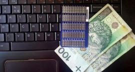 Uwaga na oszustów w internecie! Oni stracili pieniądze!
