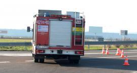 Samochód strażacki uszkodzony po udziale w kolizji