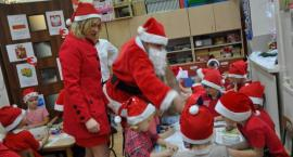 Burmistrz Garwolina jako Śnieżynka odwiedziła przedszkolaków