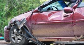 Wypadek – Zderzenie ciężarówki z osobówką – W aucie 3 dzieci