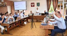 Wotum zaufania i absolutorium dla burmistrz Pilawy