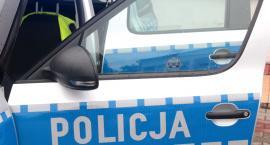 Z parkingu skradziono samochód – Policjanci ustalają sprawcę