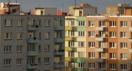 Gwałt w Garwolinie – Gwałciciel wszedł przez okno na 3. piętrze