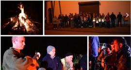 Poszli w nocy mrok, by upamiętnić poległych w obronie Łaskarzewa