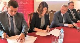 Go GOKi, go! Pierwsza umowa na cyfryzację GOK podpisana w Maciejowicach