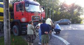 DK17: Wypadek w Puznówce. Ciężarówka potrąciła rowerzystkę