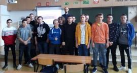 O dopalaczach w Miętnem – 13 spotkań z młodzieżą