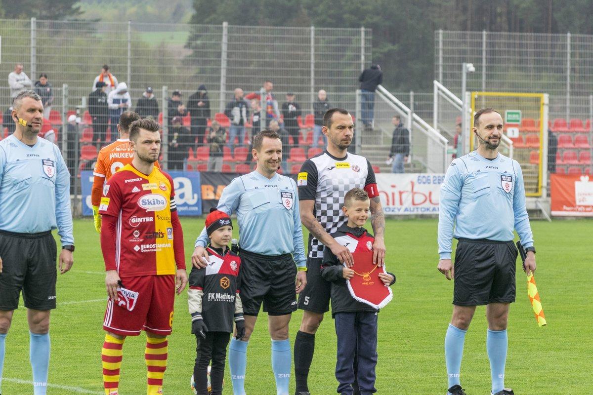 Piłka nożna, Bytovia pokonała Chojniczankę - zdjęcie, fotografia