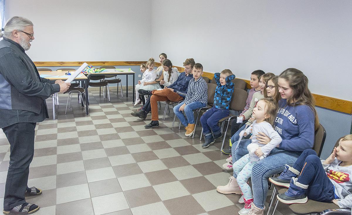 Imprezy, Przedstawienie okiem aktora - zdjęcie, fotografia