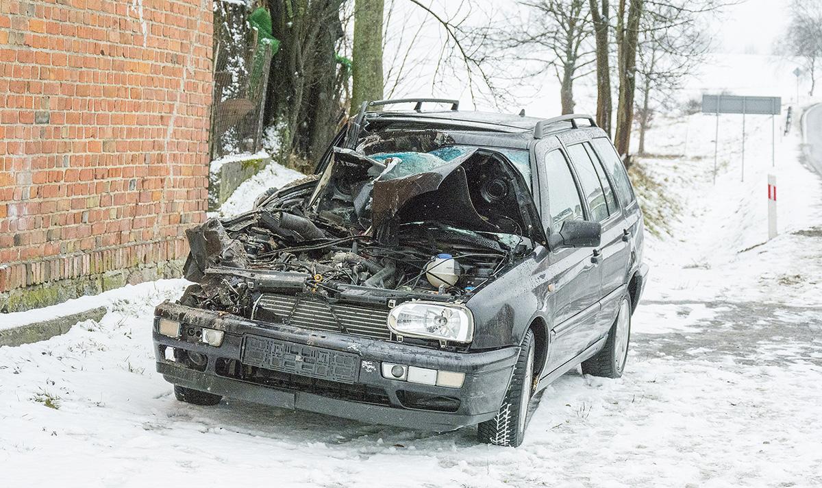 Na drogach, Wypadek Półcznie - zdjęcie, fotografia