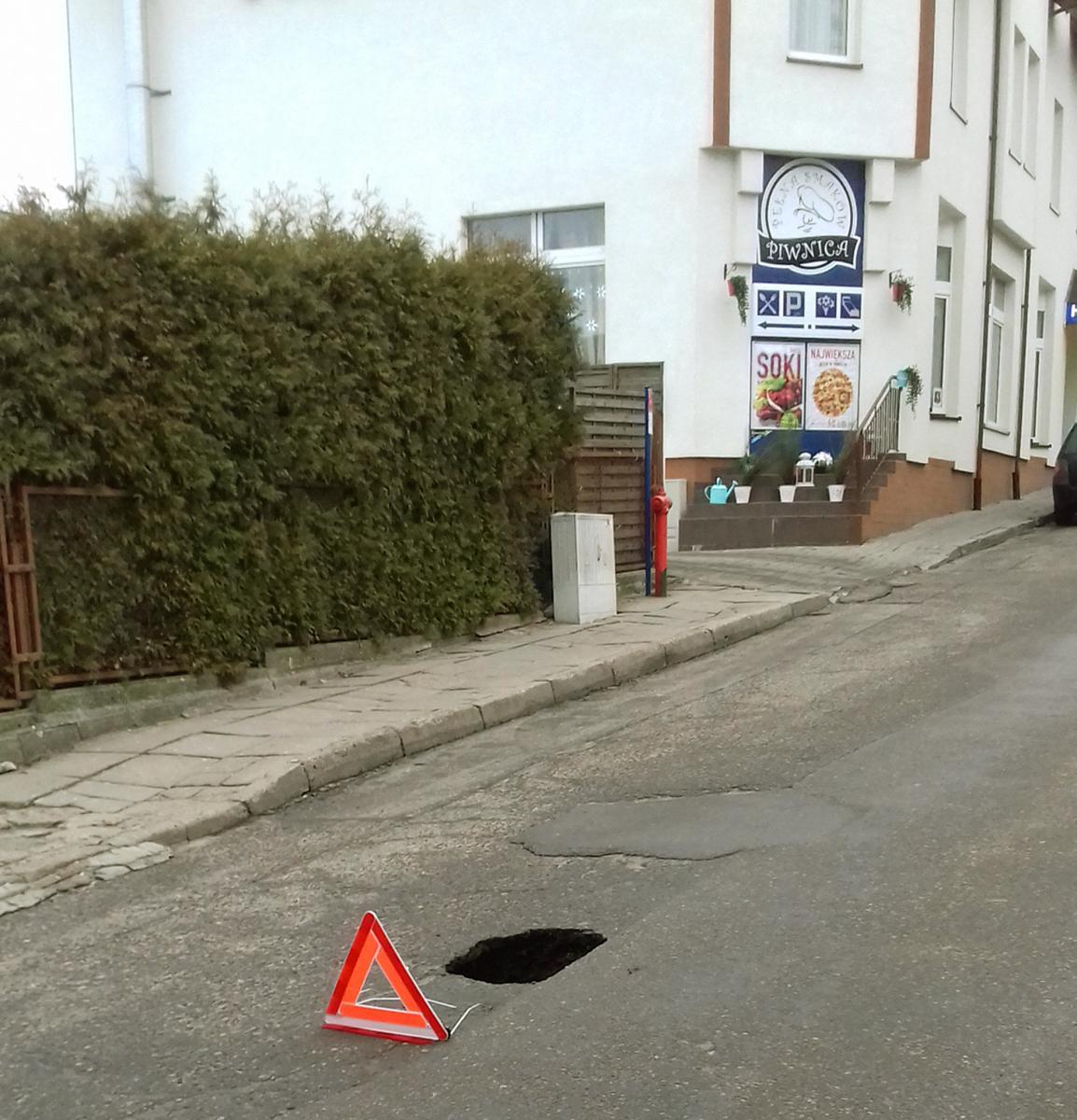 Wypadki drogowe , Dziura Derdowskiego - zdjęcie, fotografia
