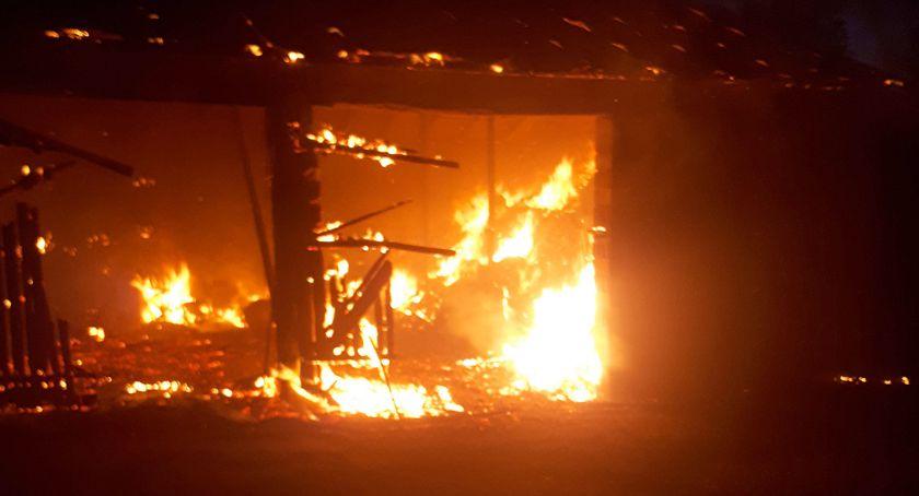 Pali się, Spłonęła stodoła Półcznie - zdjęcie, fotografia