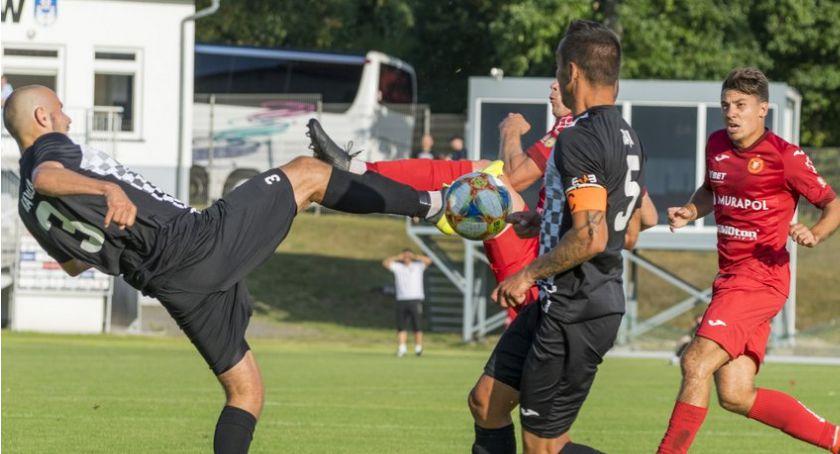 Piłka nożna, Bytovia Bytów pokonała Widzew Łódź - zdjęcie, fotografia