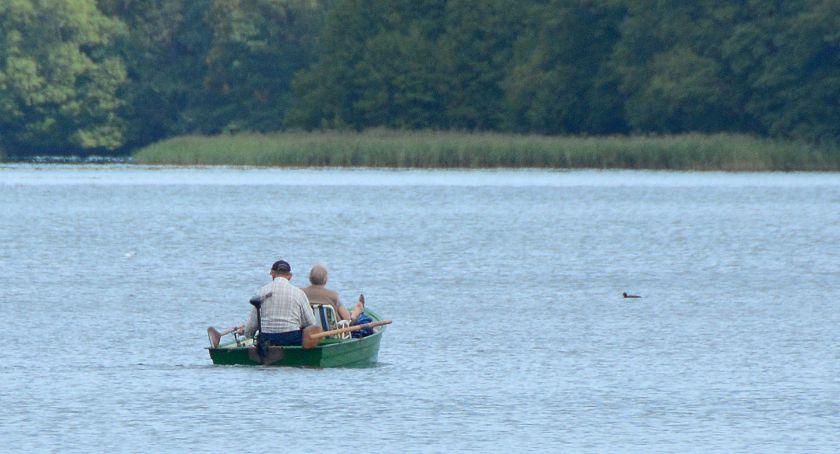 Na bieżąco, jeziorach Studzieniczno Kłączno Ryńskie pojawią motorówki - zdjęcie, fotografia