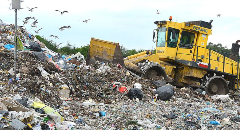 Na bieżąco, Bytowie zdrożeją śmieci - zdjęcie, fotografia